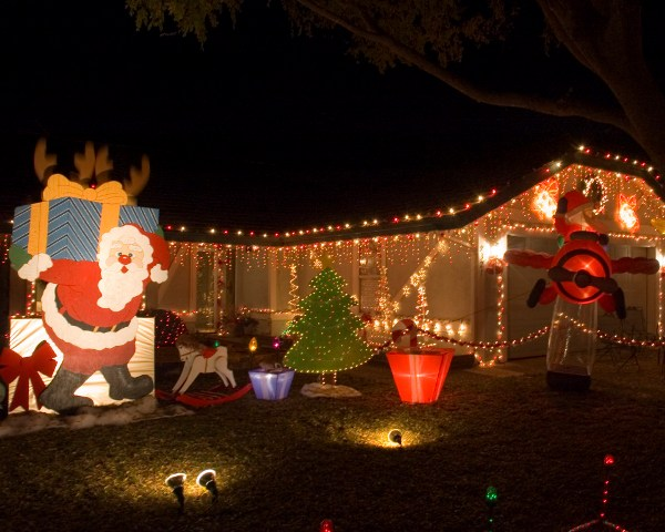 Holiday Lights- Dovewood Court in Orangevale and Folsom Zoo ...