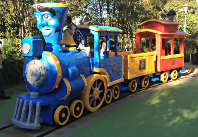 Fairytale Town new train 027 - edited